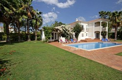 4 Bed Villa Vila Sol Pool.jpg