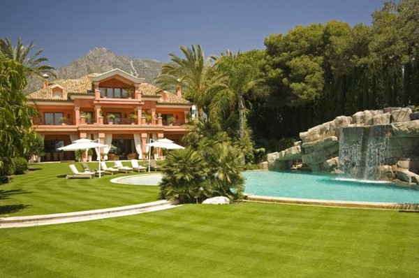 The Ultimate 12 Bed Marbella Villa