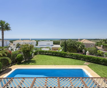 AH2705 - 5 Bed Villa Vale Do Lobo