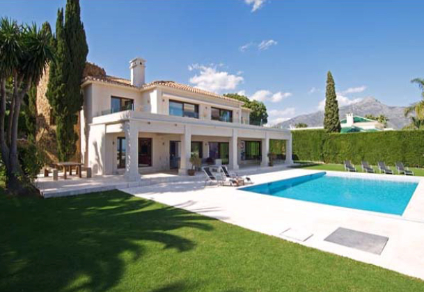 AH2775 - Modern 6 Bed Villa With Tennis Court Nueva Andalucia