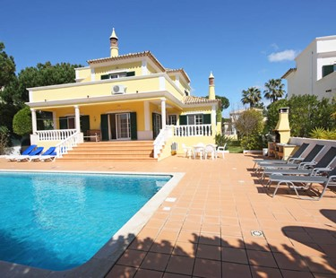 AH2785 - 4 Bed Varandas Do Lago Villa With Large Pool