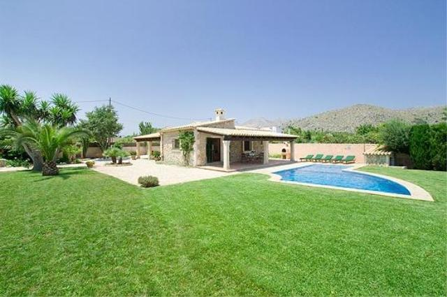 AH1594 - 3 Bed Contemporary Villa Mid Way Between Pollensa and Puerto Pollensa