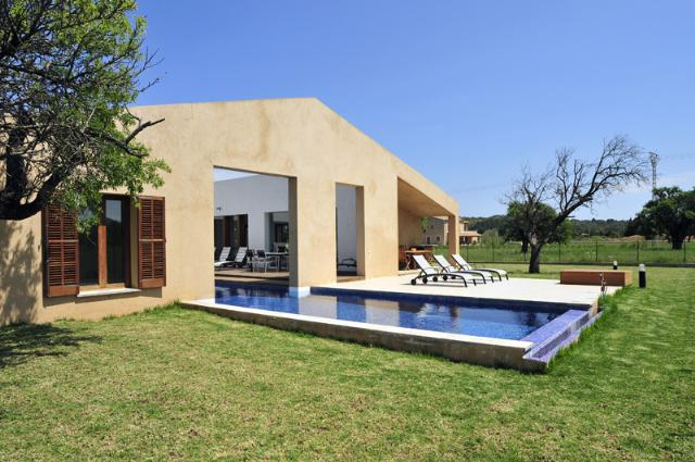 AH2323 - Contemporary Villa in ideal location between Pollensa and Puerto Pollensa