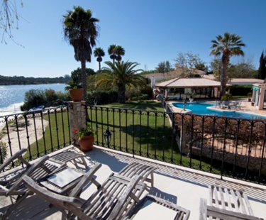 AH2217 - 10 Bedroom Luxury Villa on Lake in Quinta Do Lago