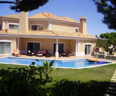 AH992 - Superb 5 Bed Villa In Varandas Do lago