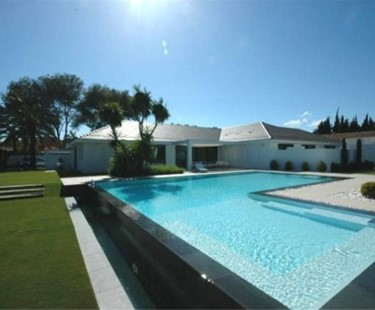 AH1390 - Luxury Modern 6 Bedroom Villa in Guadalmina
