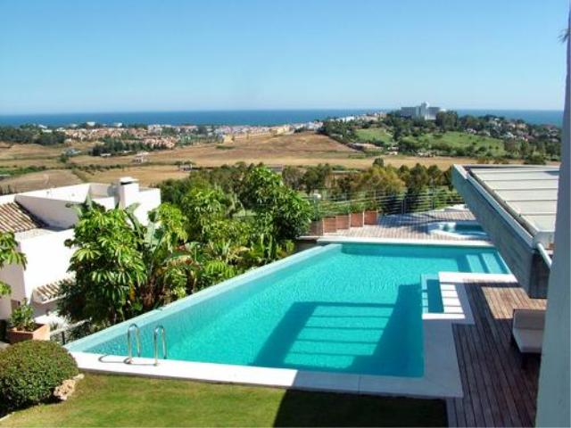 AH1575 - Luxury Villa Rental Close To Atalaya Golf Country Club