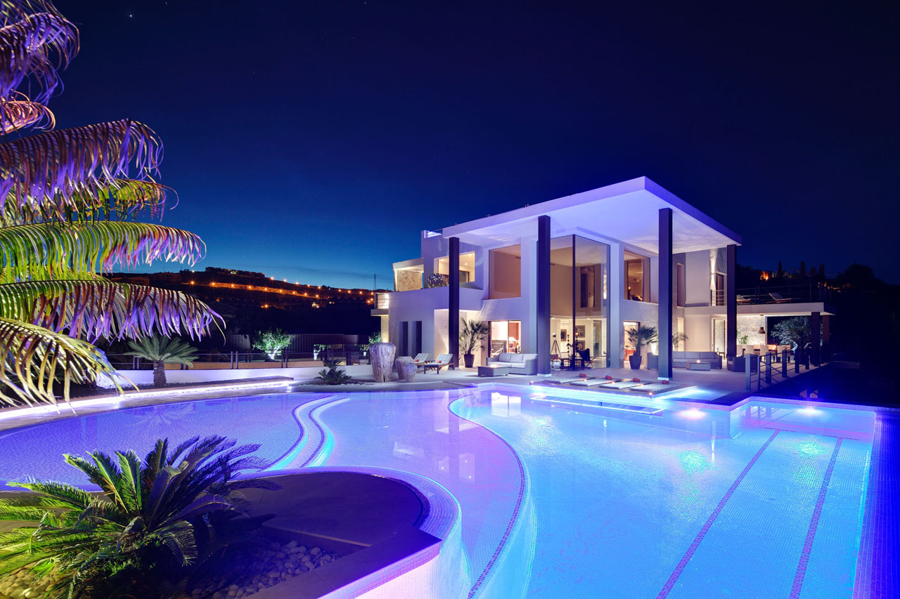 AH2815 - Stunning 6 Bed Contemporary Villa La Alqueria Benahavis