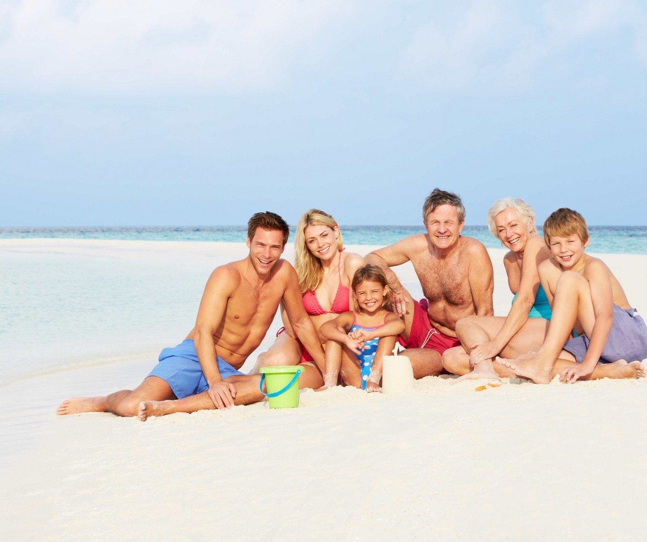 Extended Family On Beach
