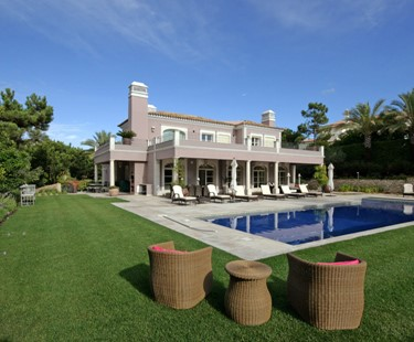 AH2256 - Luxury 5 bedroom villa in Quinta Do Lago Walk To Quinta Shopping
