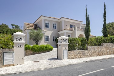 Luxury 5 Bed Quinta Verde With Games Room