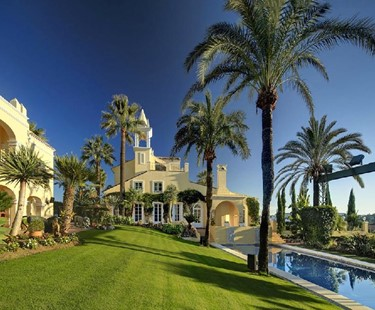 AH2580 - 8 Bedroom Luxury Villa in Nueva Andalucia, Marbella