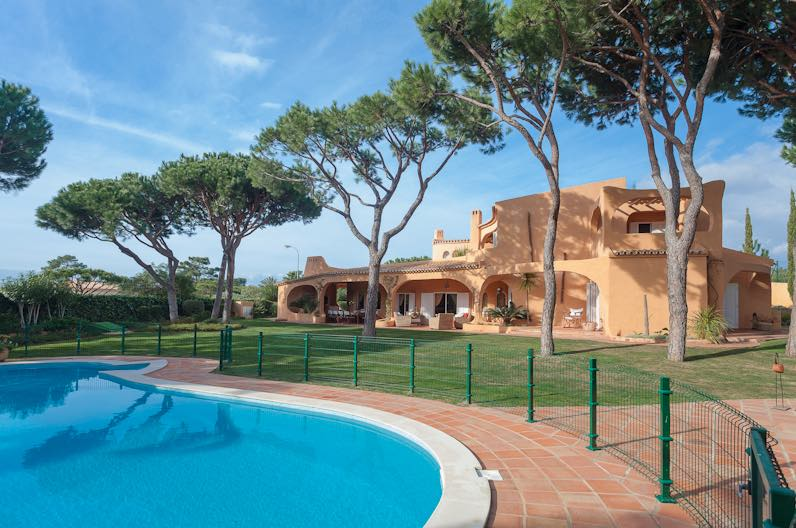AH2452 - Luxury 7 Bed Villa in Vilamoura