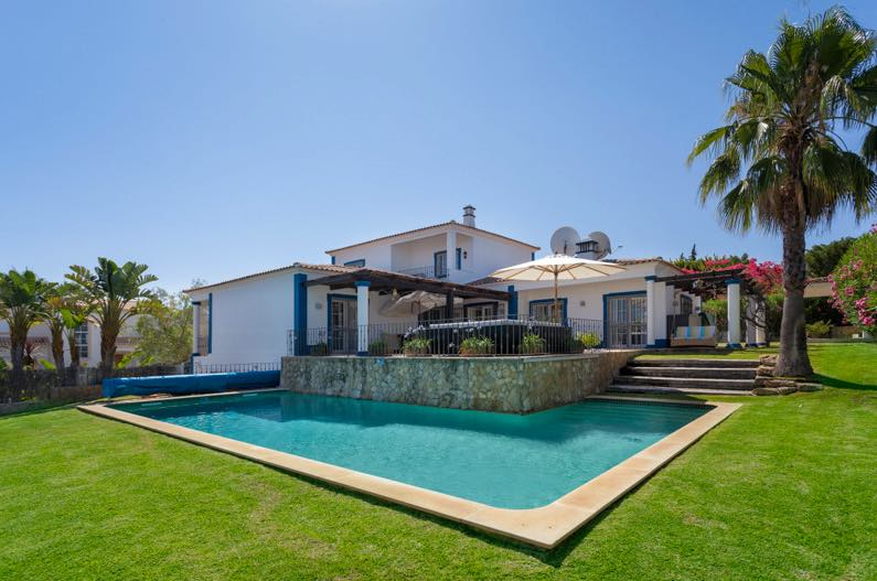 AH2836 - Lovely 4 Bed Villa Close To Vale Do Lobo