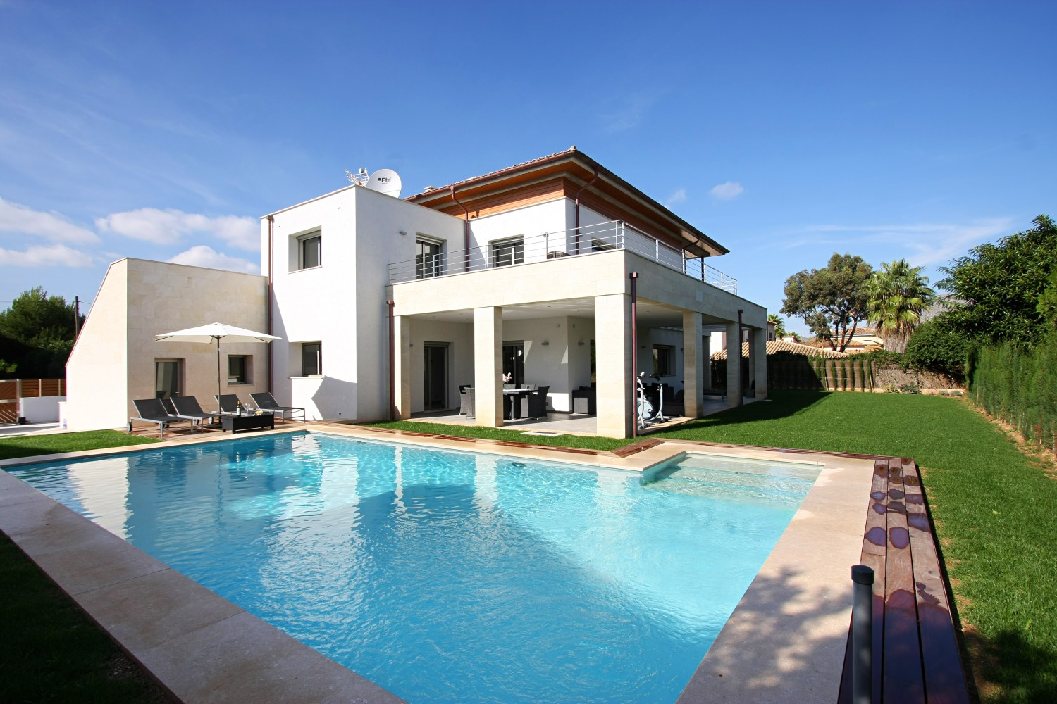 AH2846 - Contemporary 5 Bedroom Villa walking distance from Puerto Pollenca