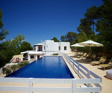 AH2909 - 6 Bed Luxury Child Friendly Ibiza Villa
