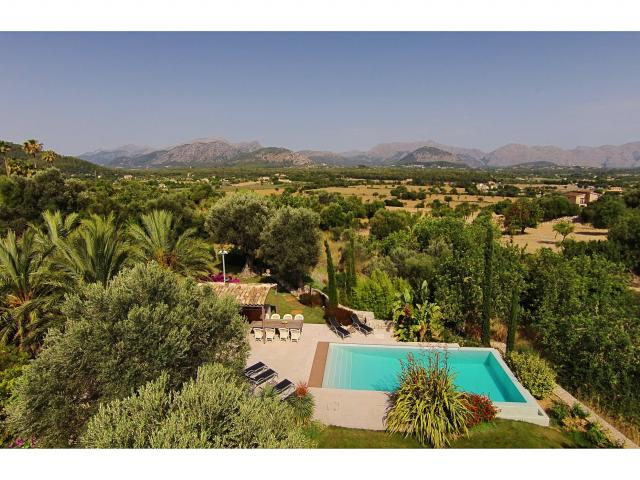 AH2921 - Luxury 5 Bed Holiday Villa in Pollensa With Private Heated Swimming Pool