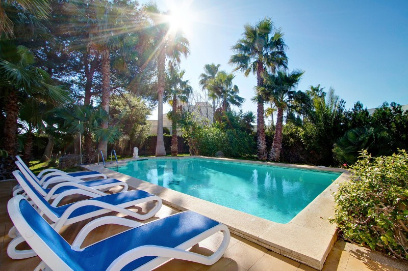AH2357 - 5 Bedroom Luxury Villa in Puerto Pollensa walking to beach