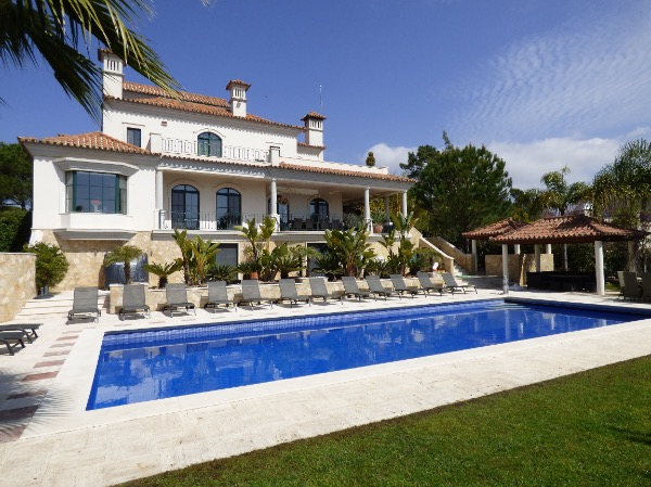 AH2263 - Beautiful 6 bed Villa In Quinta Do Lago