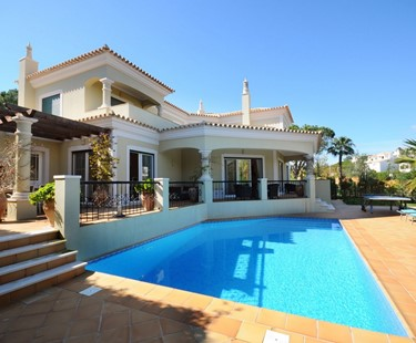 AH2892 - Luxurious 4 Bed Dunas Douradas Villa very short walk to the beach