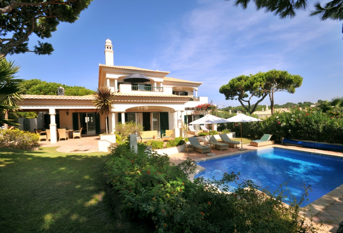 AH2922 - Beautiful 4 Bed Dunas Douradas Villa With Private Heated Pool