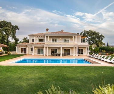 AH2763 - Luxurious 5 Bedroom Almancil Villa With Heated Pool