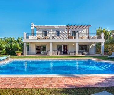 AH925 - Stunning 5 Bedroom Villa Varandas Do Lago