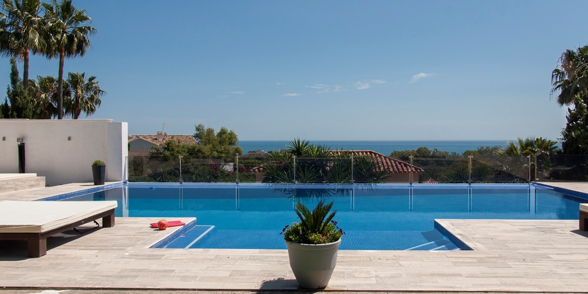 AH2964 - 8 Bed Luxury Villa in East Marbella