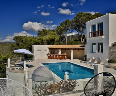AH2924 - Modern 4 Bed Villa Near Cala Tarida With Sea Views