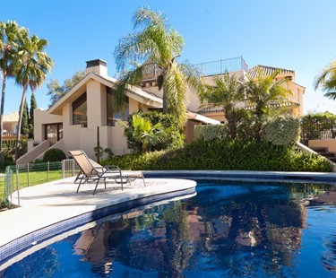 AH152 - 6 Bed Villa To Rent In Marbella