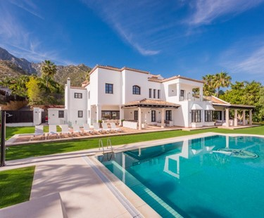 AH2980 - Spectacular 9 Bed Sierra Blanca Villa With Sea Views