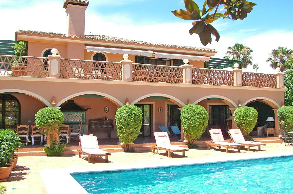 AH2982 - Luxury Villa With Guest House 100 metres from the beach Baja Guadalamina