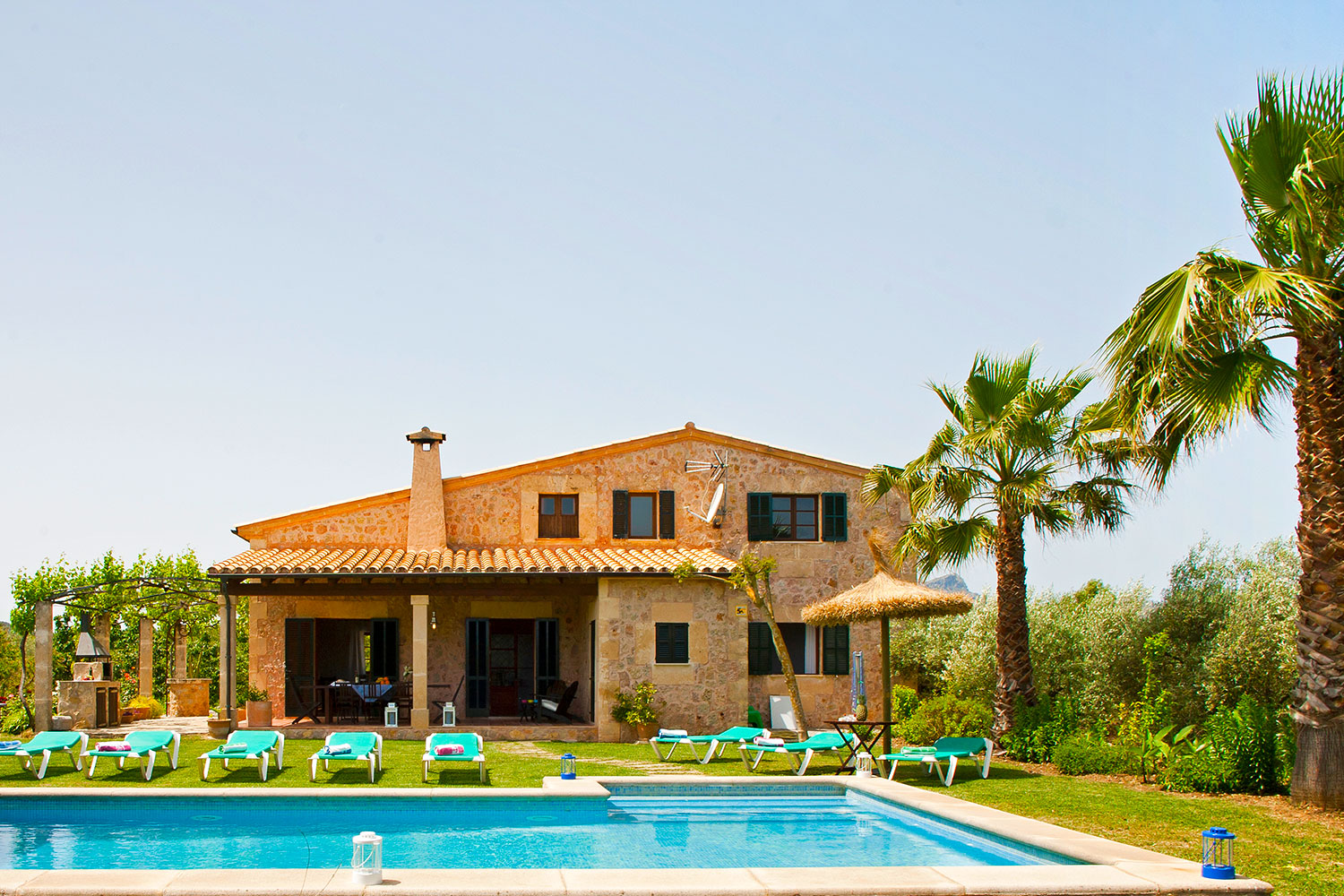 AH2986 - 4 bed Villa Near Pollensa