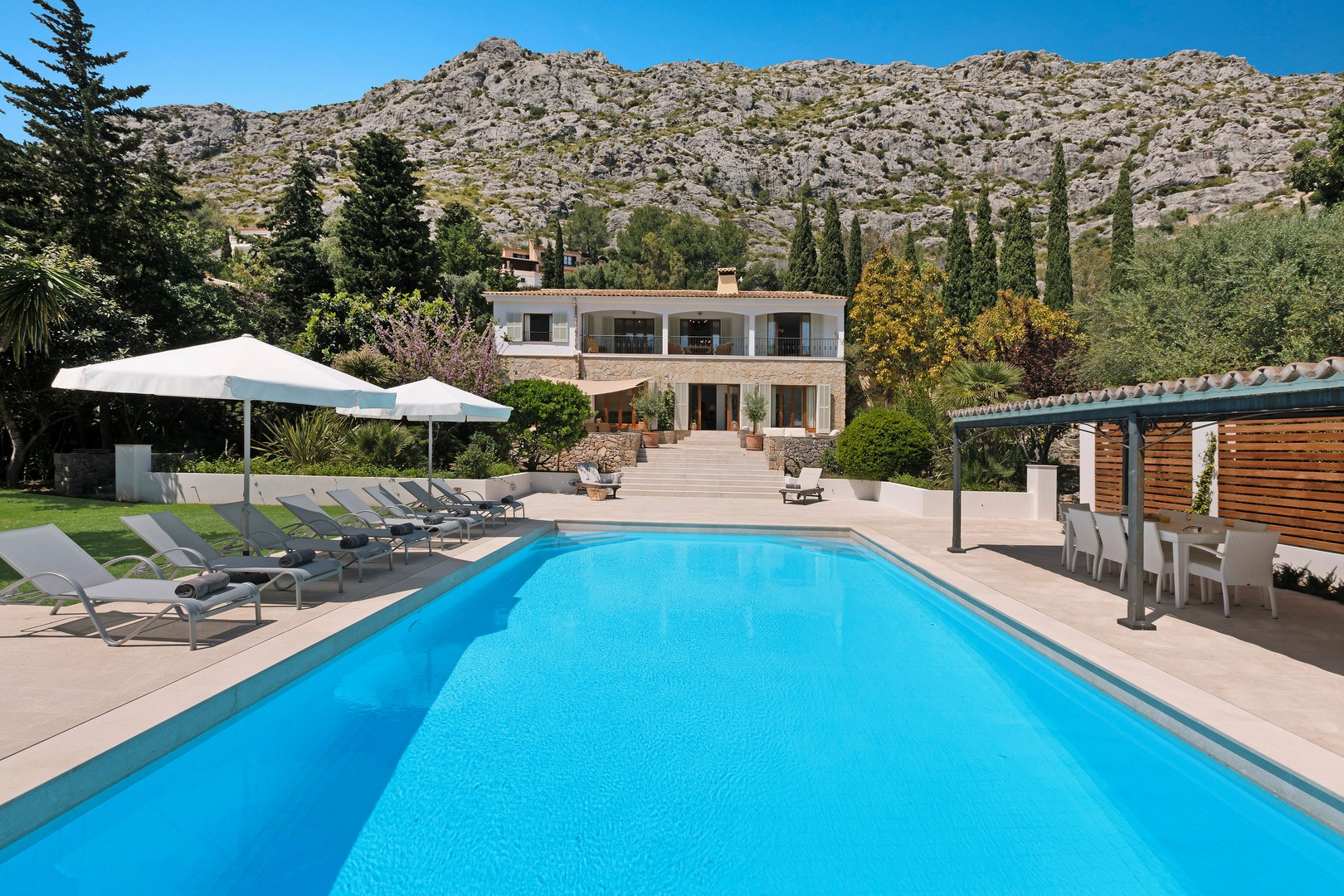AH2997 - Luxurious 5 Bed Pollensa Villa