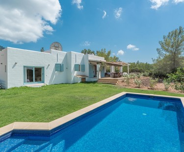 AH3000 - 4 Bed Villa Next To Cala Vedella