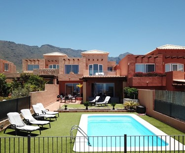 AH107 - 3 Bedroom Costa Adeje Golf Villa Rental in Tenerife