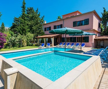 AH2253 - 6 Bed Villa Walking Distance To Pollensa Old Town With Wifi