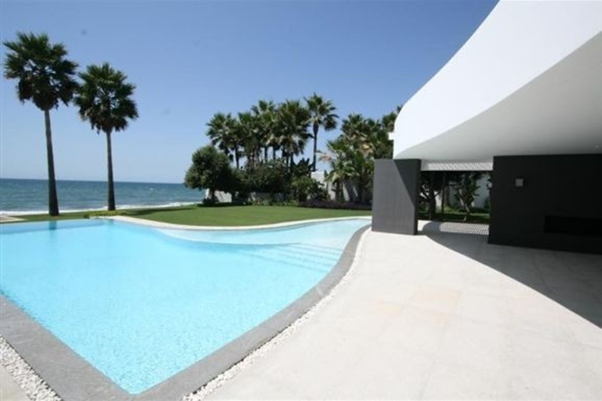 For Those Lucky Enough, A Beachfront Villa Offers The Finest Luxury Holiday