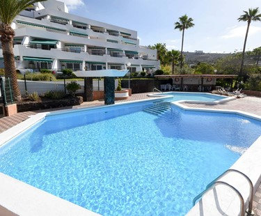 AH2278 - Luxury 3 Bedroom Villa In Playa De Las Americas With Communal Pool
