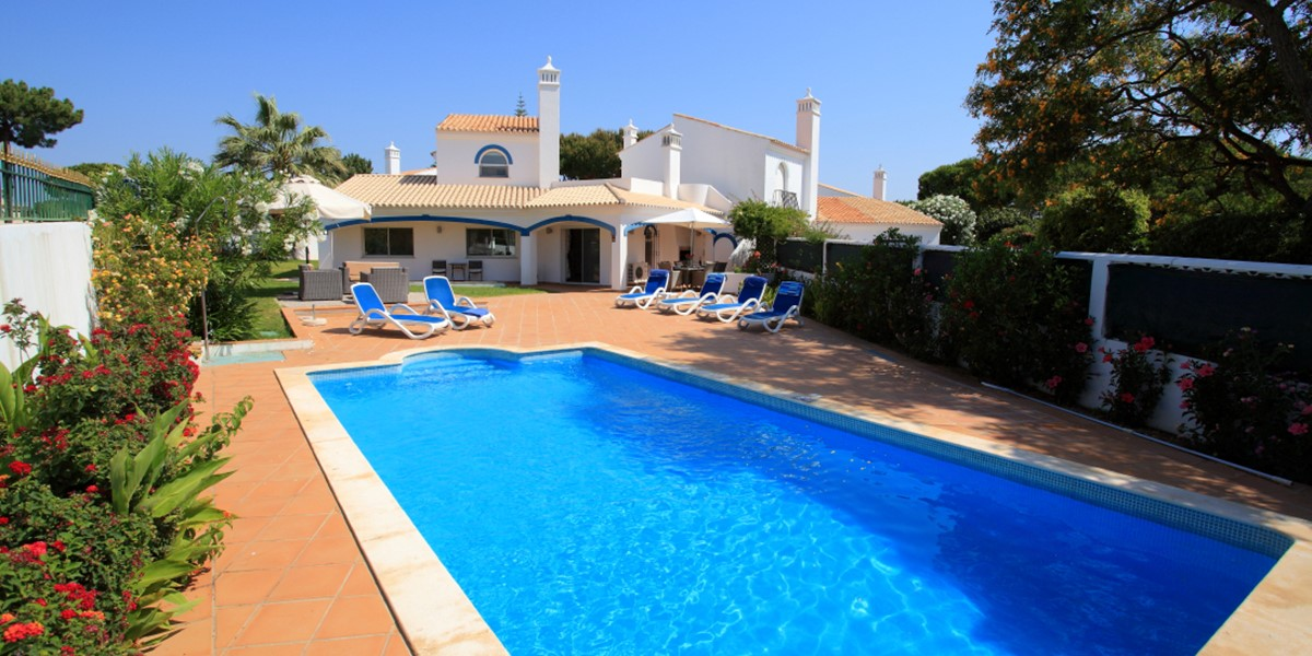 AH393 - 3 Bedroom Family Villa in Dunas Douradas