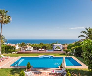 AH1048 - 9 Bed Luxury Villa In Marbella