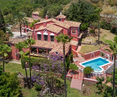 AH2622 -  Incredible 12 Bed Estate With Tennis Court La Quinta