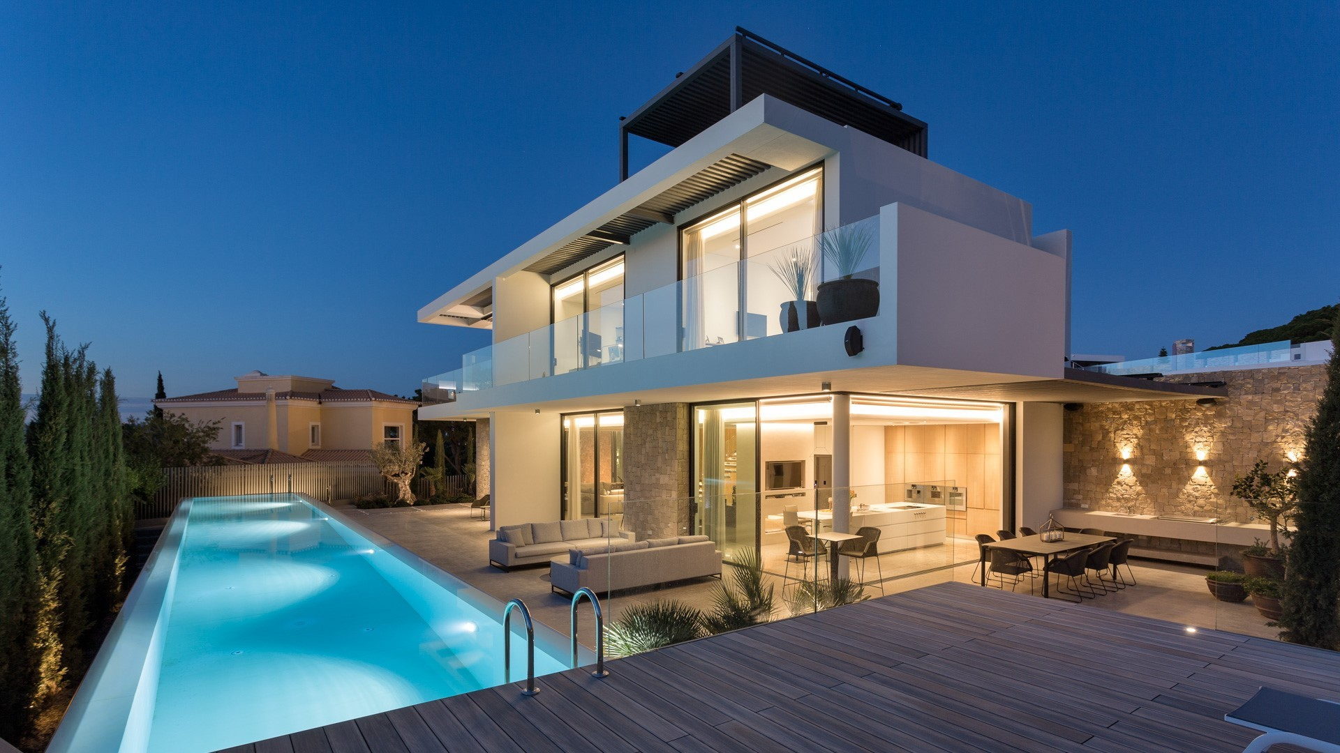 AH1417 - Modern 4 Bed Vale Do Lobo Villa with Two Swimming Pools & Jacuzzi