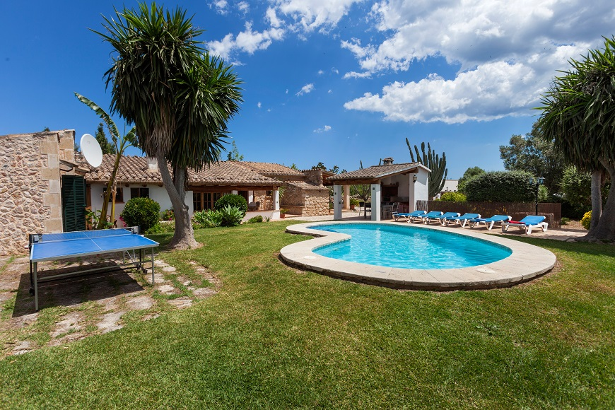 AH2407 - Lovely 3 Bed Villa Close To Puerto Pollensa