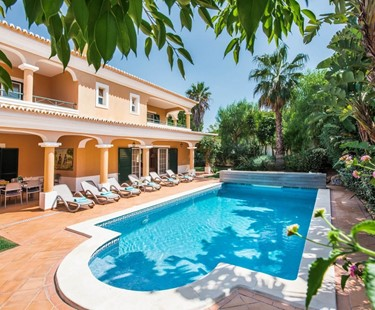 AH2223 - Luxury 4 Bedroom Villa in Vale Do Lobo Walking To The Beach