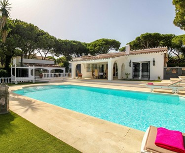 AH2495 - Stunning 4 Bed Moroccan Inspired Villa Near Beach Puerto Cabopino