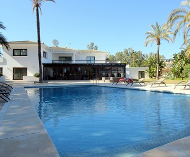AH2895 - Modern 6 Bed Villa Los Monteros Marbella Close to Beach