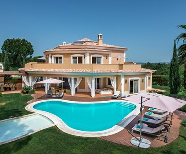 AH2497 - Luxury 5 Bed Villa in Quinta Do Lago
