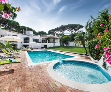 AH2659 - 7 Bed In Vale Do Lobo