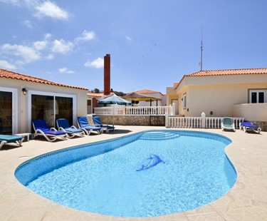 AH289 - Large 6 Bed 5 Bath Family Villa In Callao Salvaje